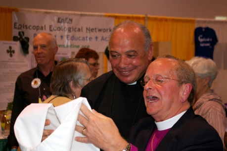 The Very Rev. Rowan Smith, Dean of St George's Cathedral in Cape Town presenting a stole to the Bishop of New Hampshire, the Rt. Rev. V. Gene Robinson during the luncheon break of the 76th General Convention on July 8, in Anaheim, California.